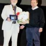 20/06/04 - Consegna del premio Artusi 2004 da parte del prof. Massimo Montanari al sig. Luciano Scafà Dell'unione ristoranti del Buon Ricordo