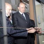 Il sen. Roberto Pinza al taglio del nastro di Casa Artusi