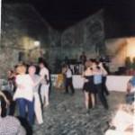 """Musica, balli e …  nella Piazzetta """"Berta e Rita"""""""