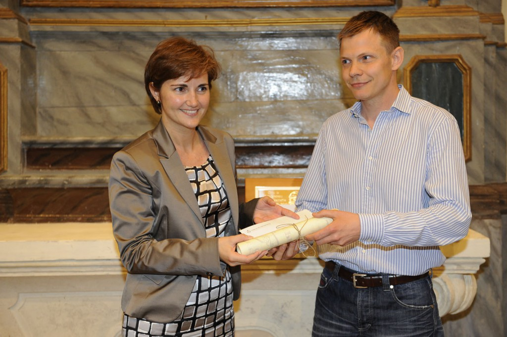 Andrea Marconetti riceve il premio Marietta